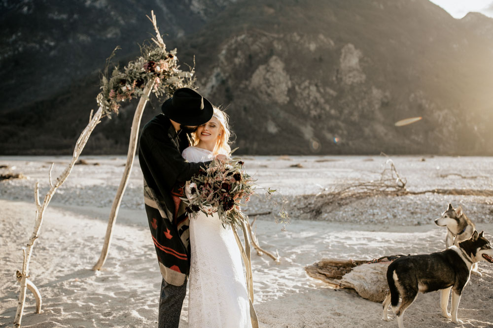 You Will Also Find A List Of All The Vendors Our Rocky Mountain Wedding Shoot Down Below Now Let S Take To Wilderness North America ähmm