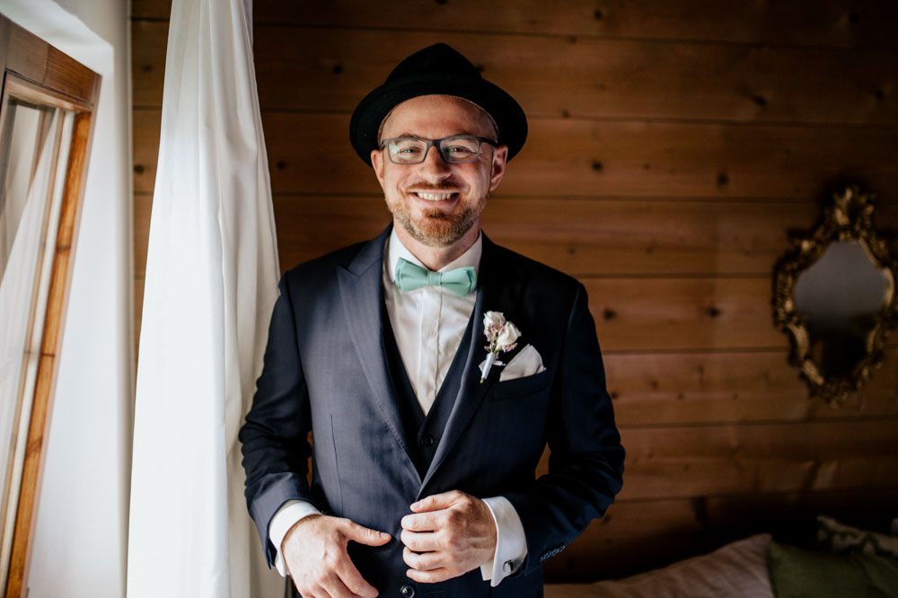 rustic barn wedding photographer munich 07