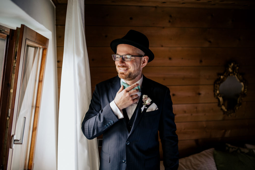 rustic barn wedding photographer munich 09