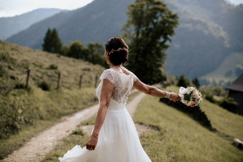 rustic barn wedding photographer munich 101