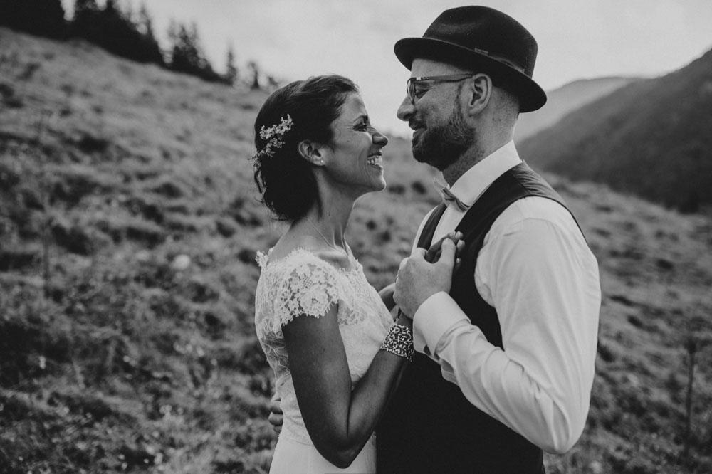 rustic barn wedding photographer munich 108