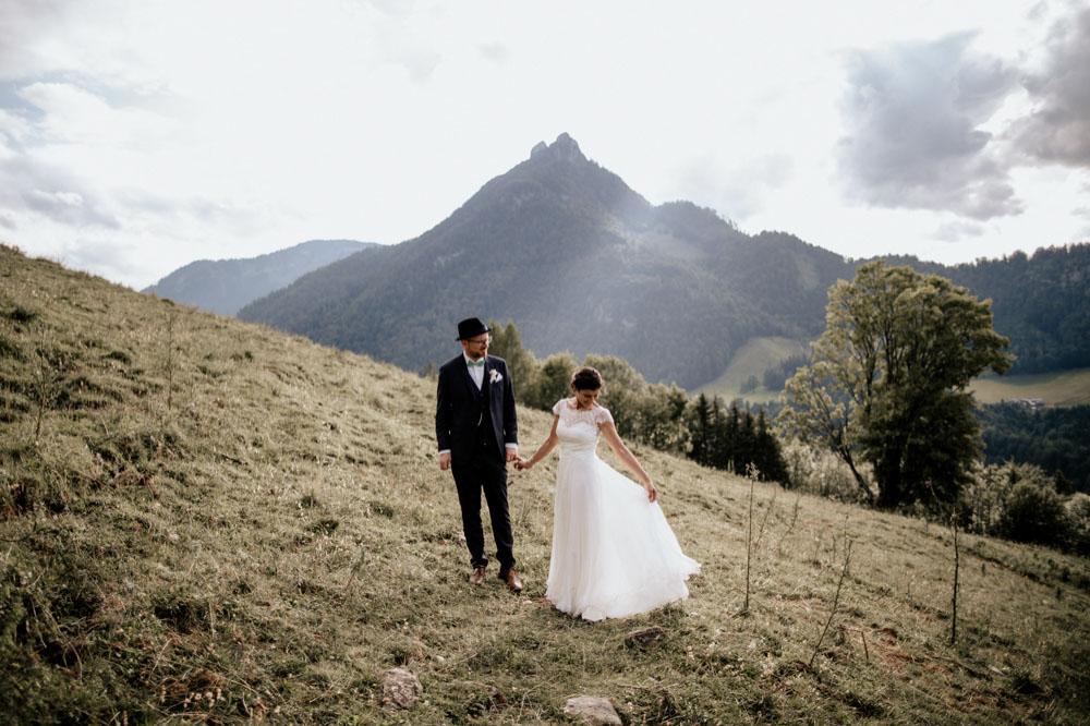 rustic barn wedding photographer munich 121
