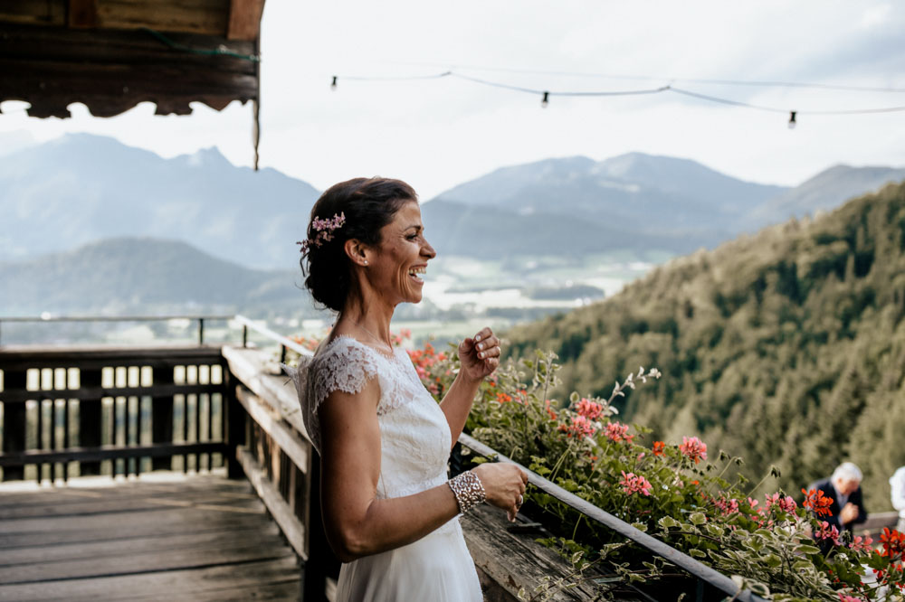 rustic barn wedding photographer munich 132