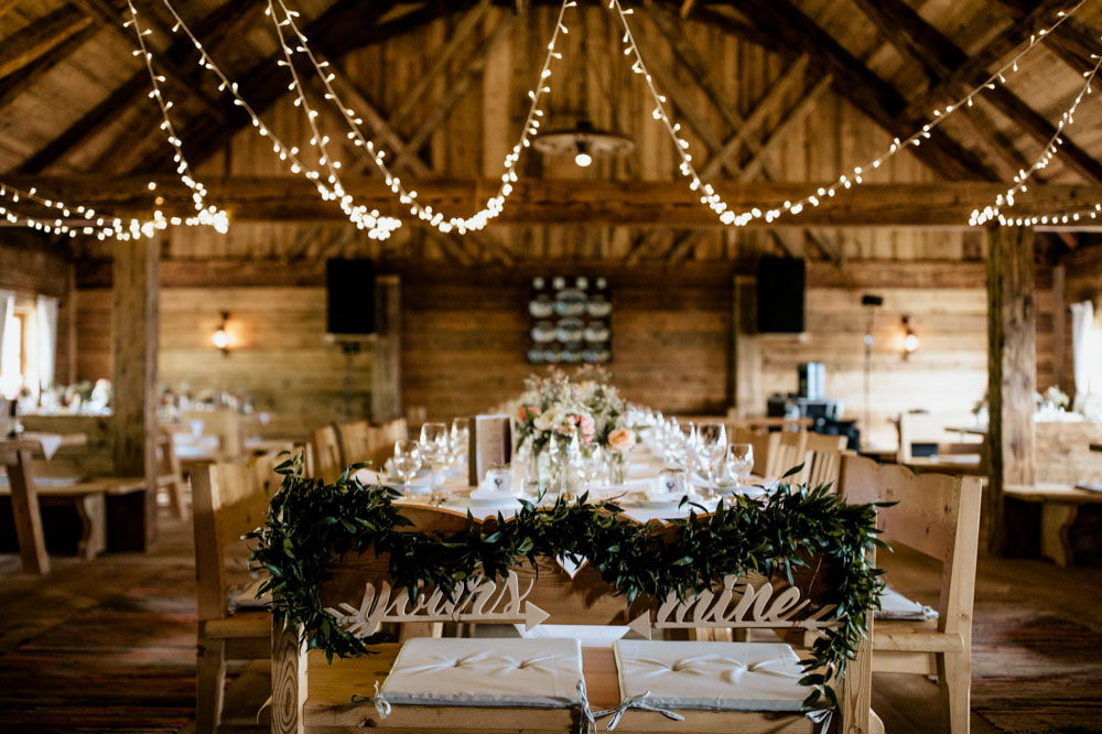 rustic barn wedding photographer munich 135