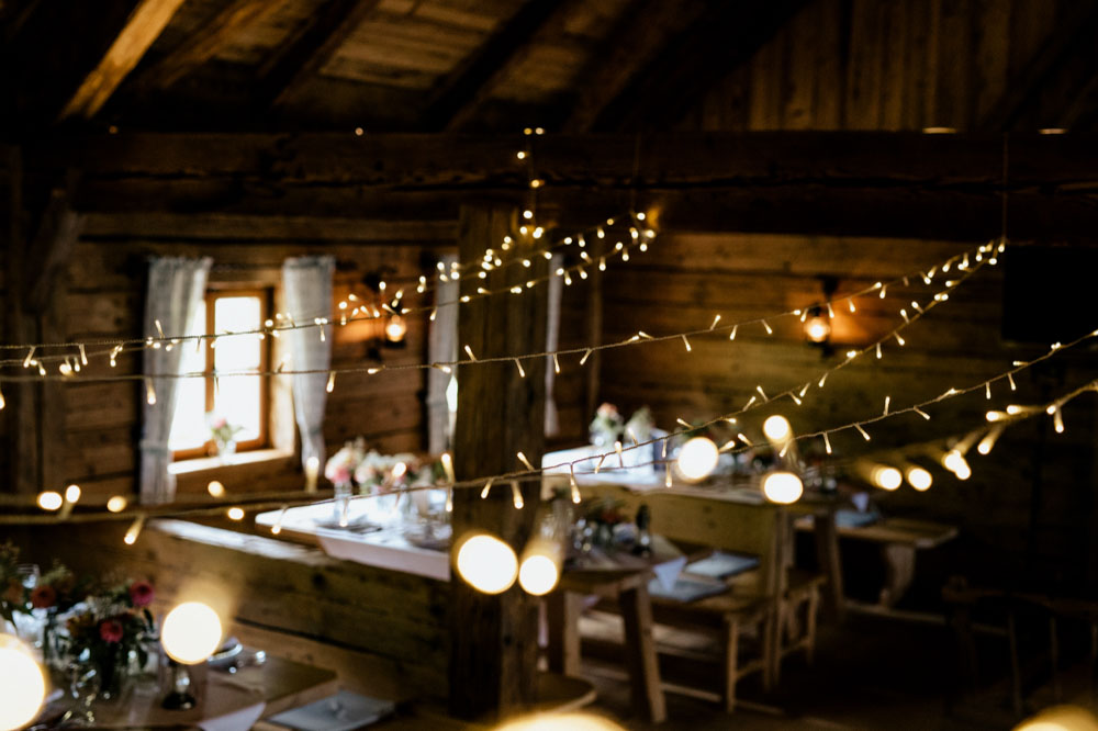 rustic barn wedding photographer munich 143