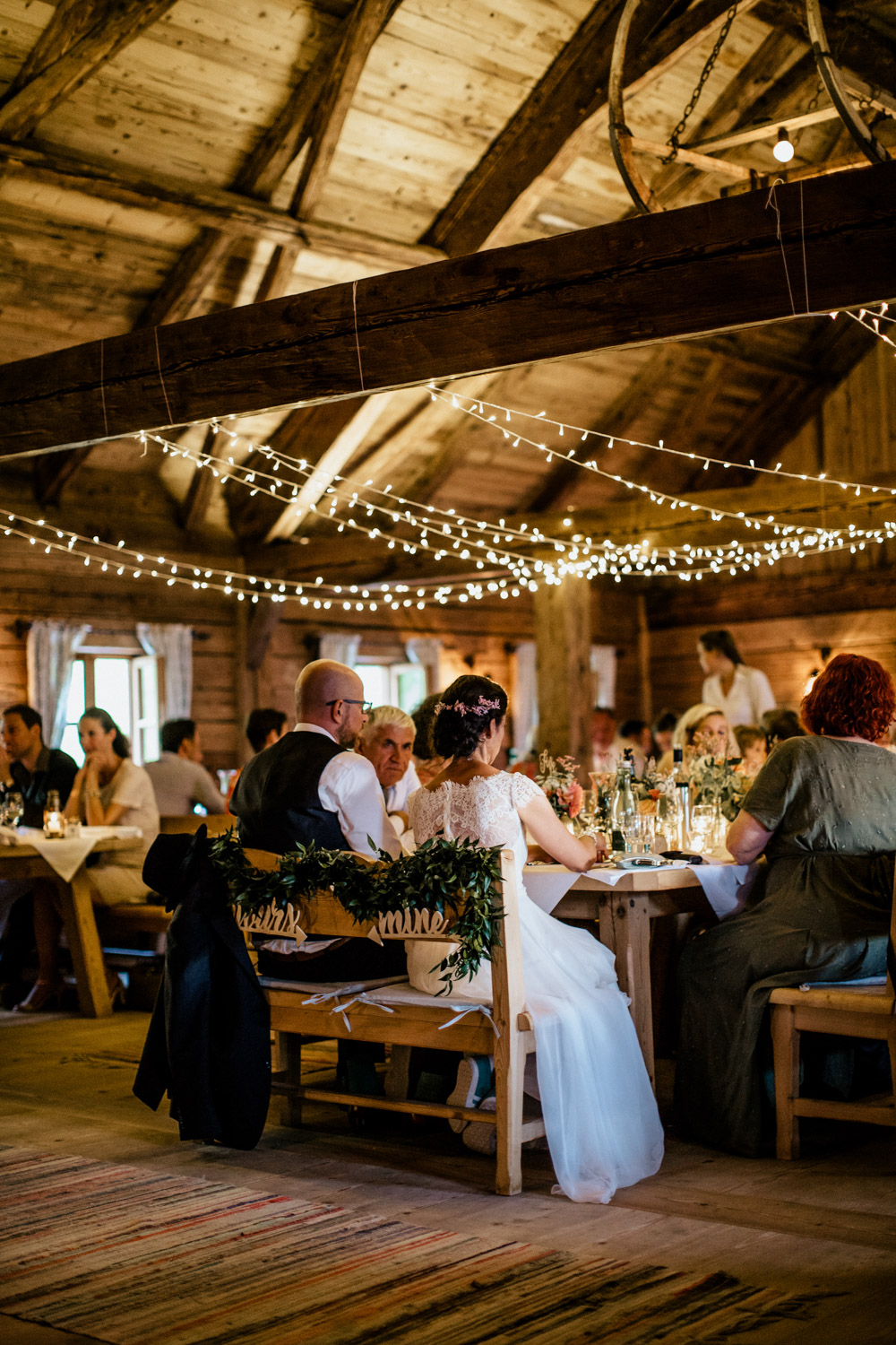 rustic barn wedding photographer munich 154