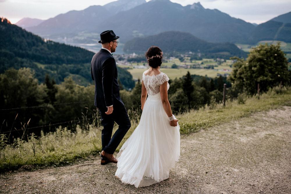 rustic barn wedding photographer munich 162