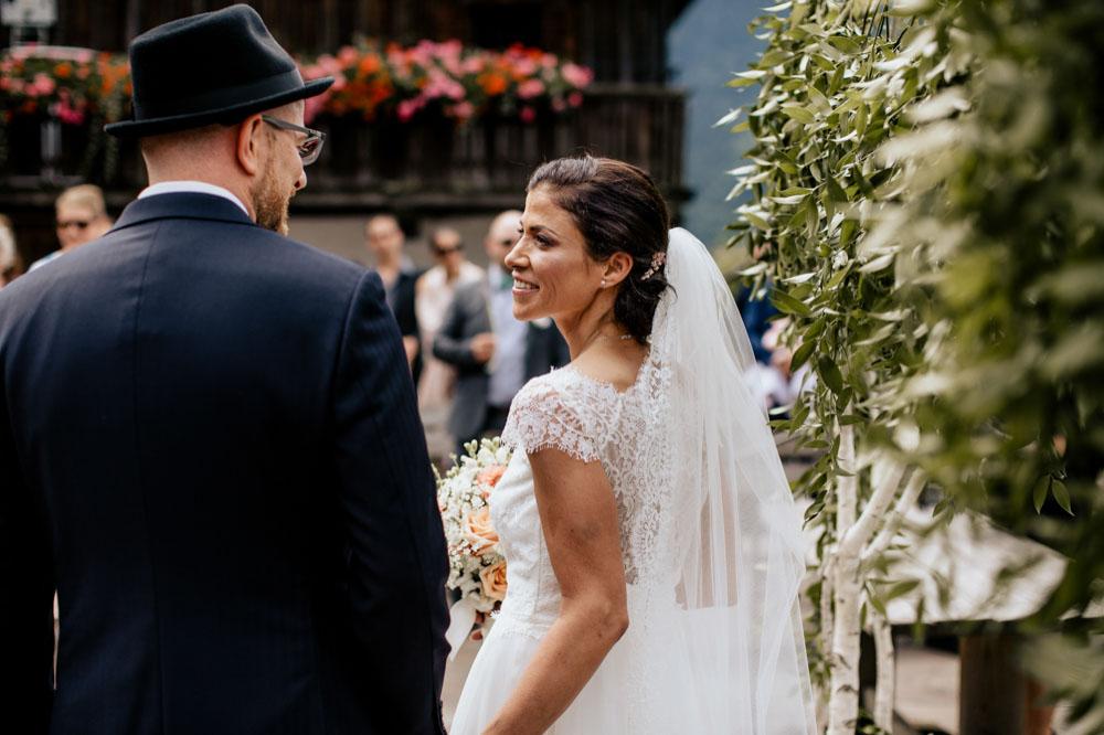 rustic barn wedding photographer munich 39