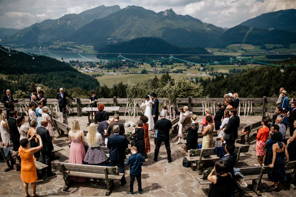 rustic barn wedding photographer munich 41