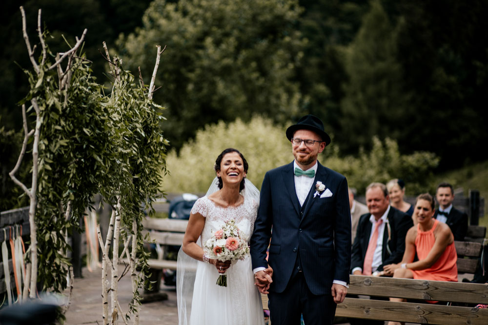 rustic barn wedding photographer munich 46