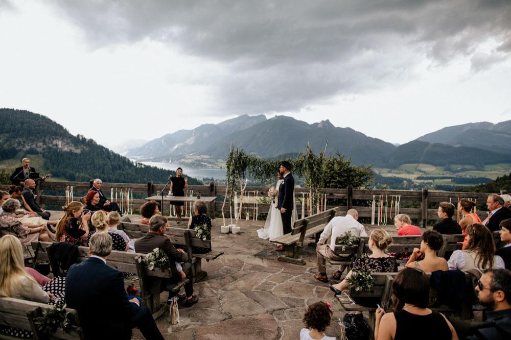 rustic barn wedding photographer munich 58