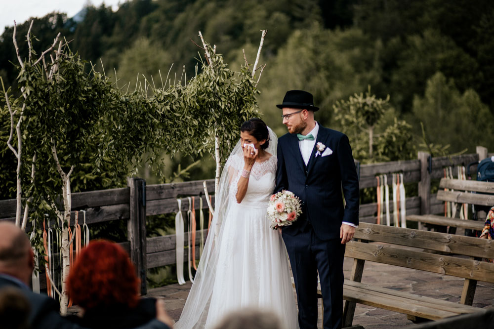 rustic barn wedding photographer munich 60