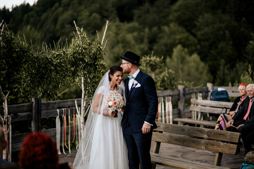 rustic barn wedding photographer munich 61
