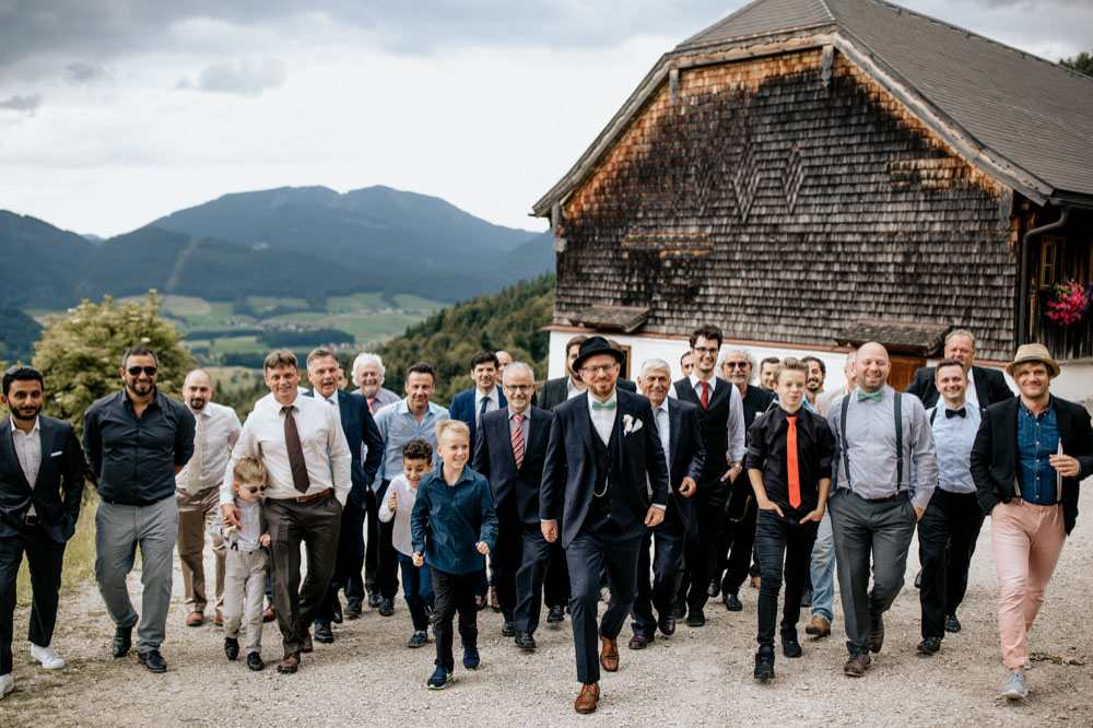 rustic barn wedding photographer munich 82