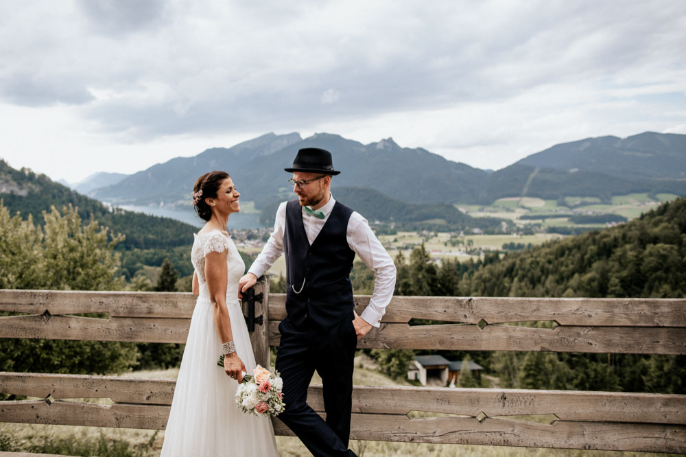 rustic barn wedding photographer munich 84