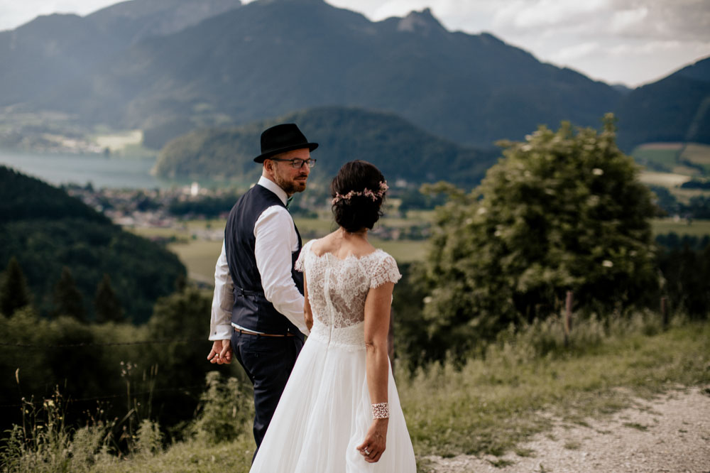 rustic barn wedding photographer munich 88
