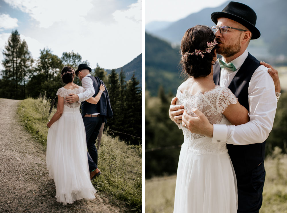 rustic barn wedding photographer munich 91