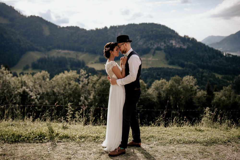 rustic barn wedding photographer munich 92