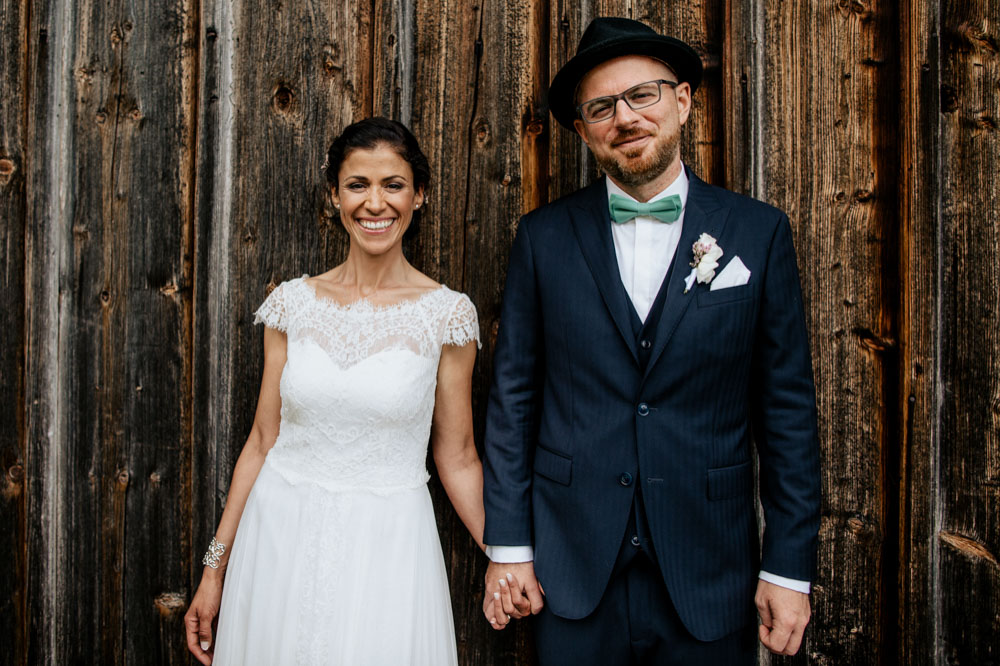 rustic barn wedding photographer munich 98