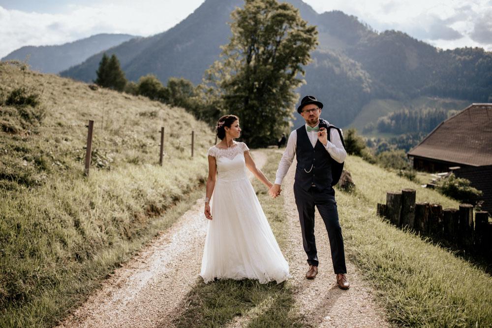 rustic barn wedding photographer munich 99
