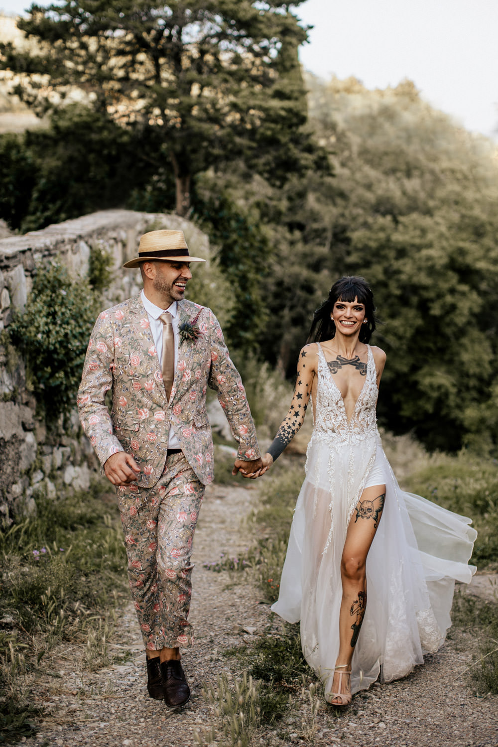beautiful wedding couple in Italy Tuscany wedding photographer